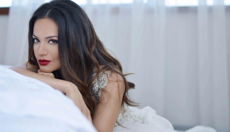 Elena Risteska: Odmalena sam znala da ću zauvijek biti vjenčana za muziku