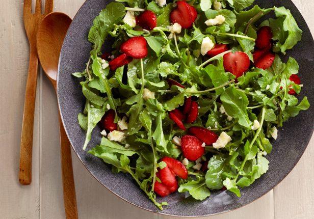 Salata od jagoda i rukole