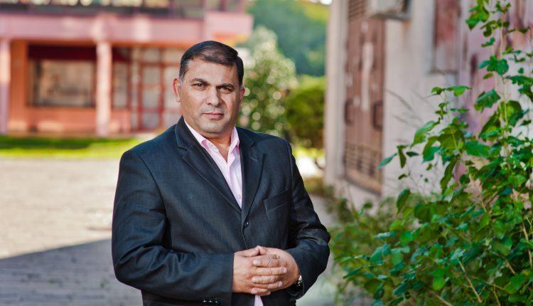Sokolj Beganaj: Od komunalca do magistra