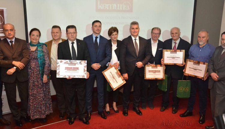 Nenadu Stevoviću nagrada časopisa Komuna