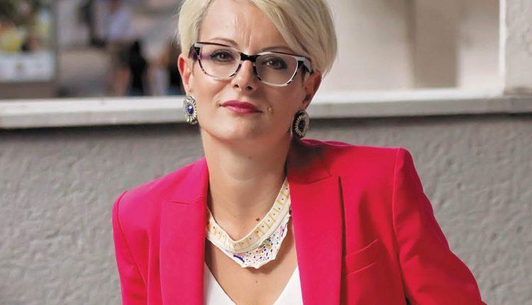 Dejana Ponoš: Roditelj ne prestajemo biti nikad, bili u braku ili ne