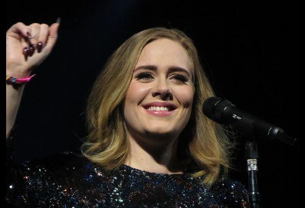Nikad mršavija Adel: Pjevačica ne liči na sebe, fanovi u šoku