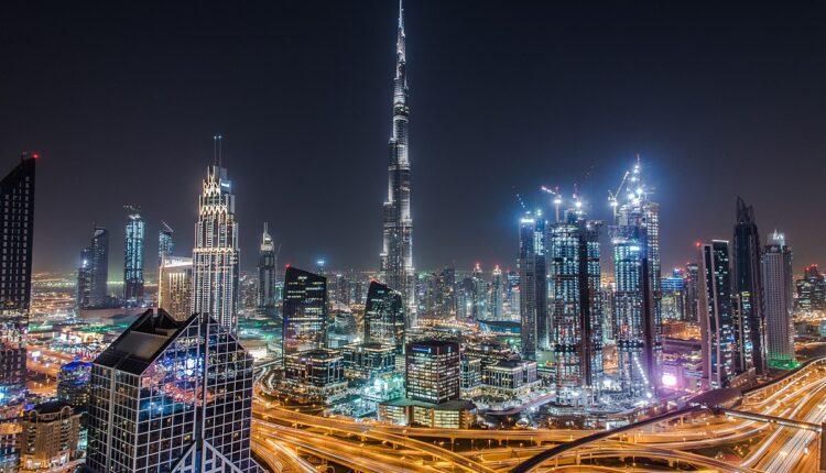 Istina o Dubaiju! Influenserima plaćaju odmor, a tamo ih čekaju stroga pravila