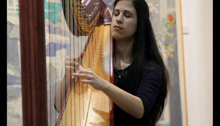 Milica Kankaraš: Harfa je za muziku ono što je muzika za život