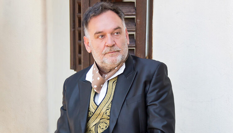 Srđan Vukčević: Vrtovi su  svečanosti  naših života